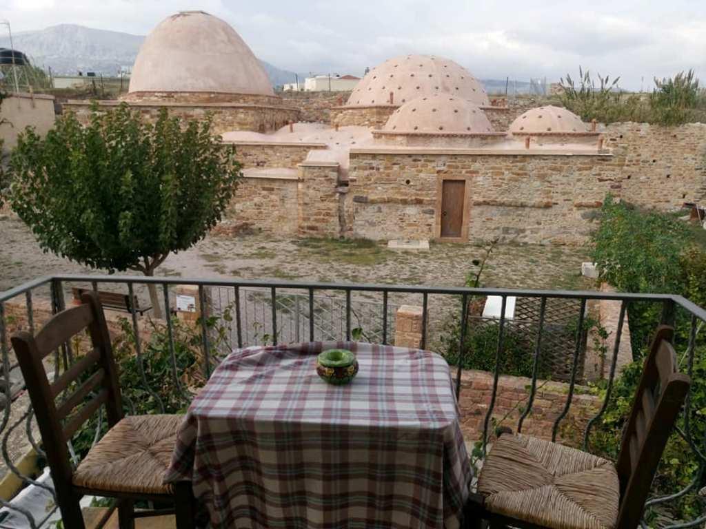 Η χιώτικη ταβέρνα «Hamam» και οι παραμυθένιες Χίλιες και Μία γεύσειςτης!