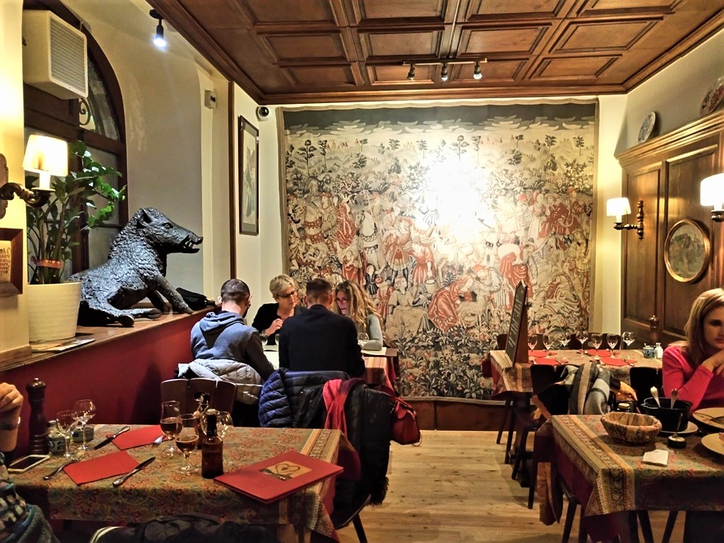 «Chez Yvonne», μία όαση αυθεντικότητας και νοστιμιάς στοΣτρασβούργο!