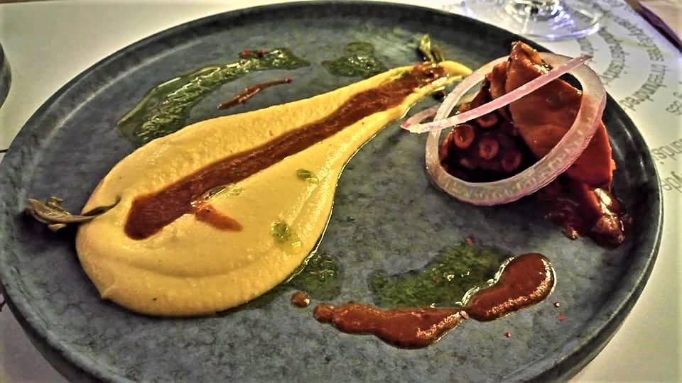 «Φλωμάρι» με θέα «360°» στις μοναδικές γεύσεις τηςΛήμνου