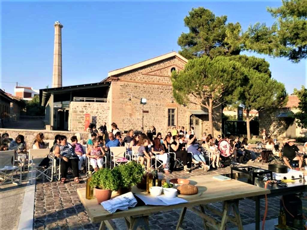 Στα γαστρονομικά μονοπάτια της Αγίας Παρασκευής μέσα από το Lesvos FoodFest