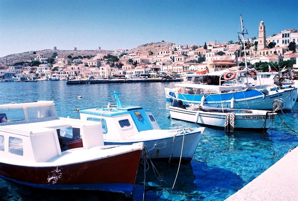 Χάλκη, το αριστοκρατικό νησί της Ειρήνης και της Φιλίας σταΔωδεκάνησα