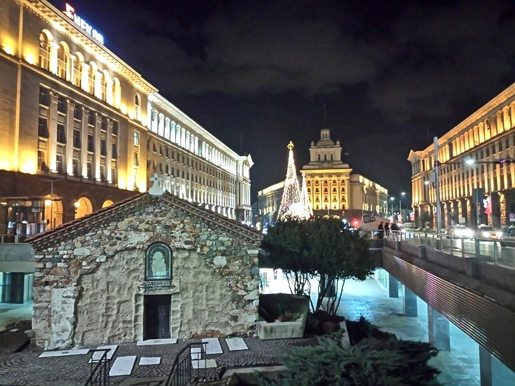Σόφια, μια γοητευτική βαλκανική πρωτεύουσα «που μεγαλώνει χωρίς ναγερνά»