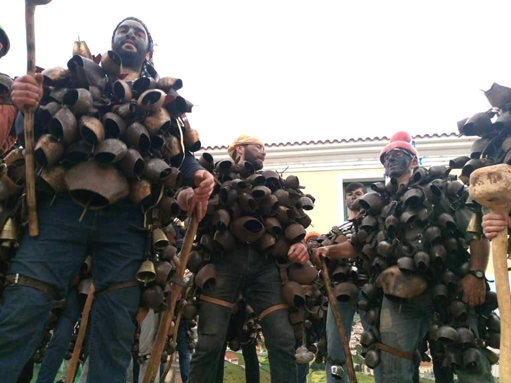 Μεσοτοπίτικο Καρναβάλι, ένα από τα πλέον παραδοσιακά και εντυπωσιακά τηςΛέσβου