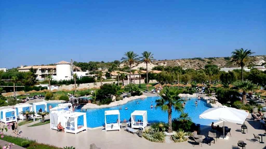 Atlantica Imperial Resort: το ξενοδοχείο – εμπειρία στα Κολύμπια τηςΡόδου