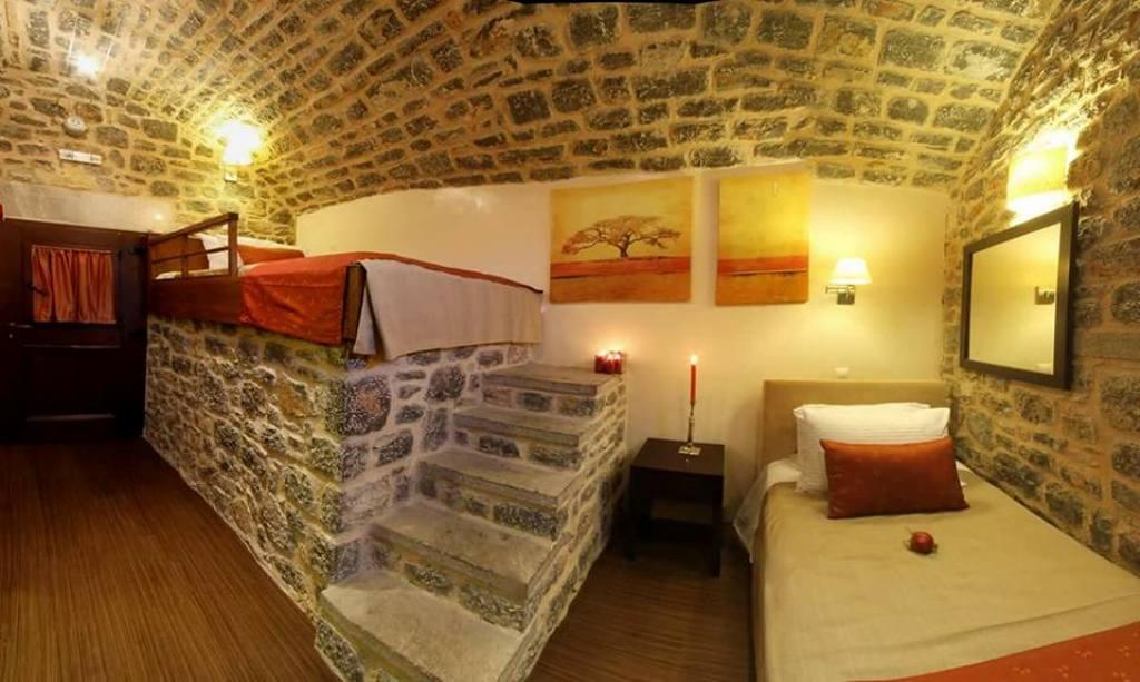 Medieval Castle Suites, διαμονή-ταξίδι στον χρόνο των Μεστών και τηςΧίου